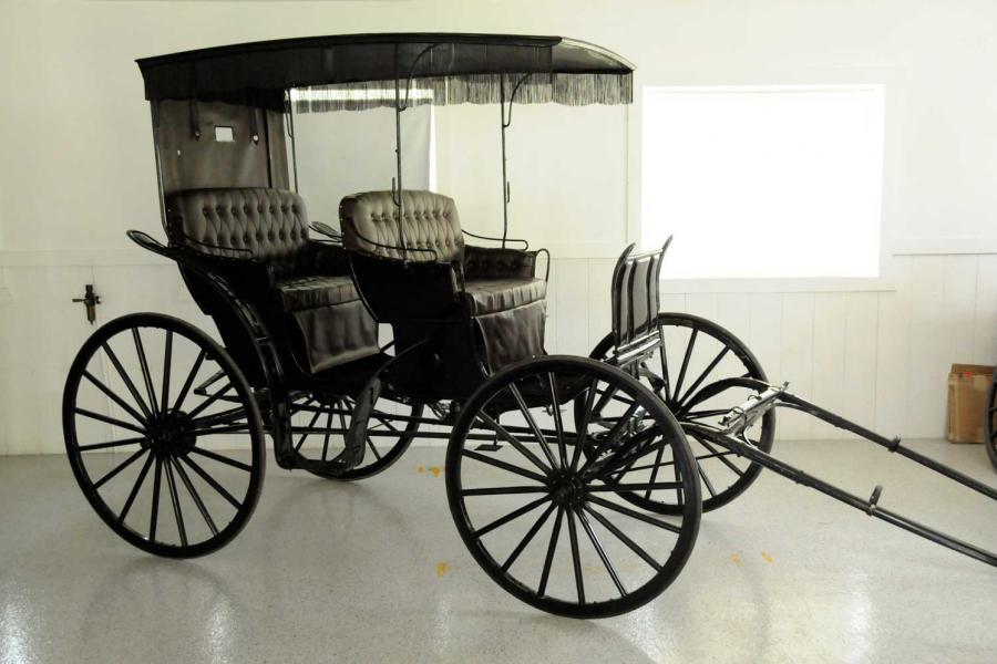 Walnut Creek Cart Shop | Buggy Sales, Parts & Restoration